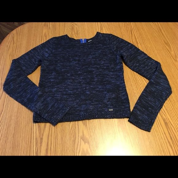 hollister cropped sweater