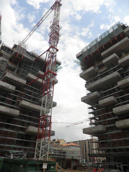 Bosco Verticale (under construction) by Stefano Boeri Architect