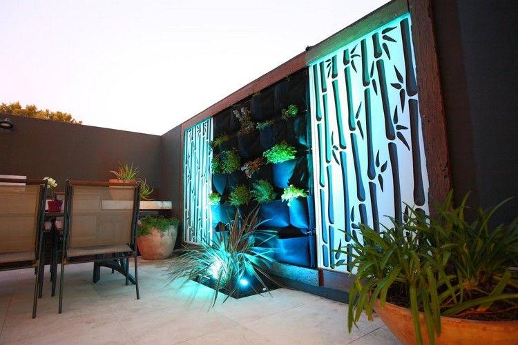 Moderner Sichtschutz Garten Gestaltung Bodenstrahler Wand