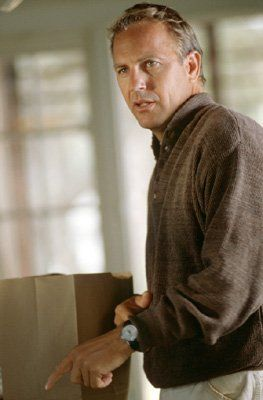 Kevin Costner as Garret Blake