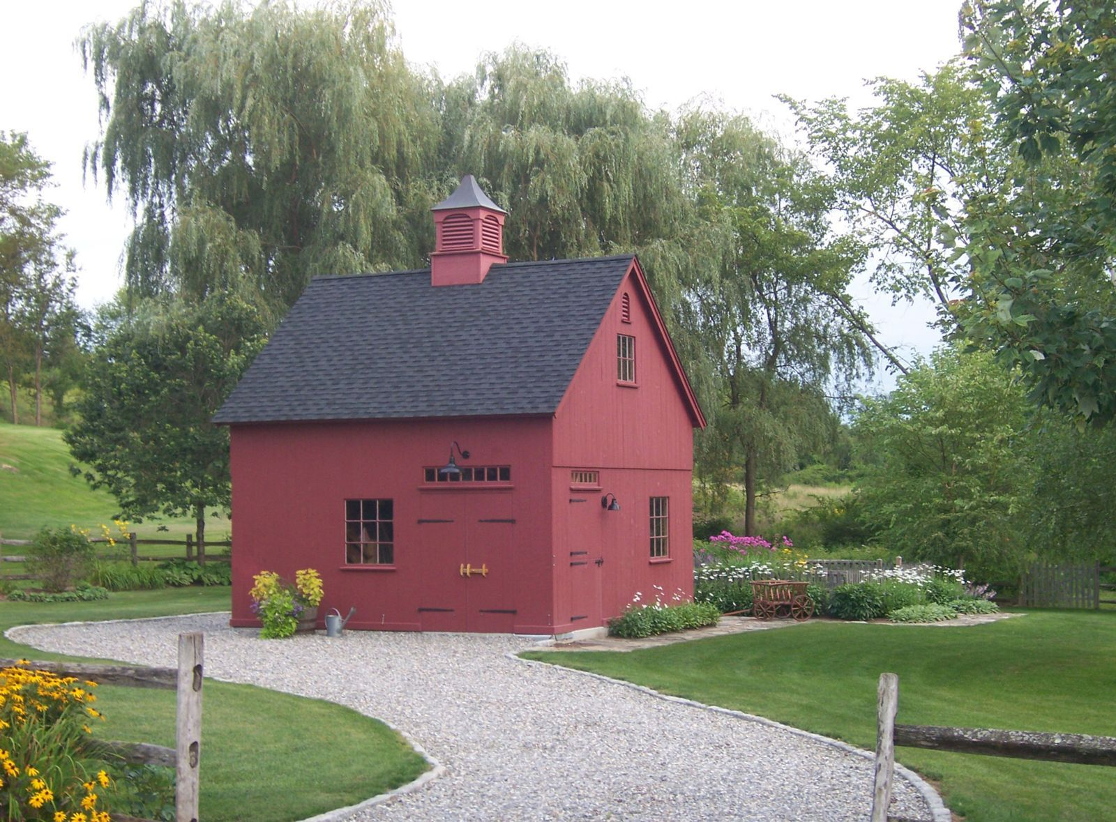 New england style barns post beam garden sheds for New england country homes