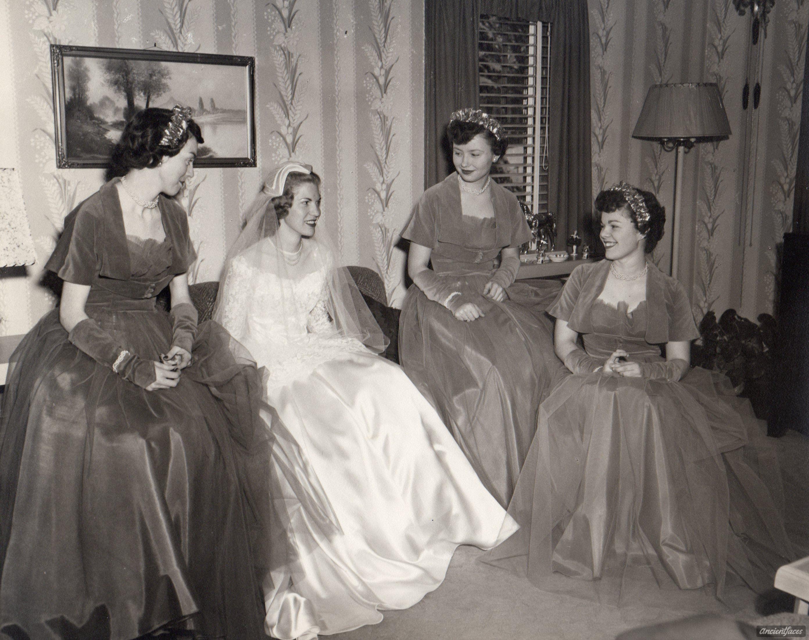 Betty lou beran u bridesmaids ne vintage wedding photographs