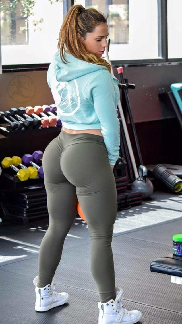 Sexy Yoga Pants Fails