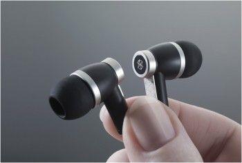 ZUNE PREMIUM HEADPHONES - http://www.gadgets-magazine.com/zune-premium-headphones/