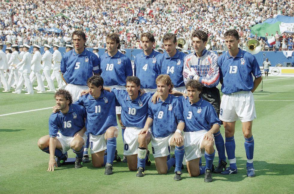 Le foto di USA '94: L'Italia della semifinale contro la Bulgaria. (AP Photo/Lionel Cironneau) - Il Post