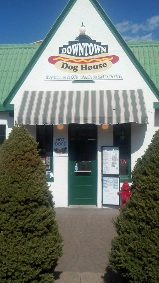 Downtown Dog House 107 N Scales Street Reidsville Nc 27320 336