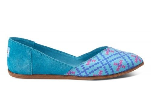 Algiers Blue Women's Jutti Flats | TOMS.com #toms Love these! Reminding me of Morocco and India all at once!