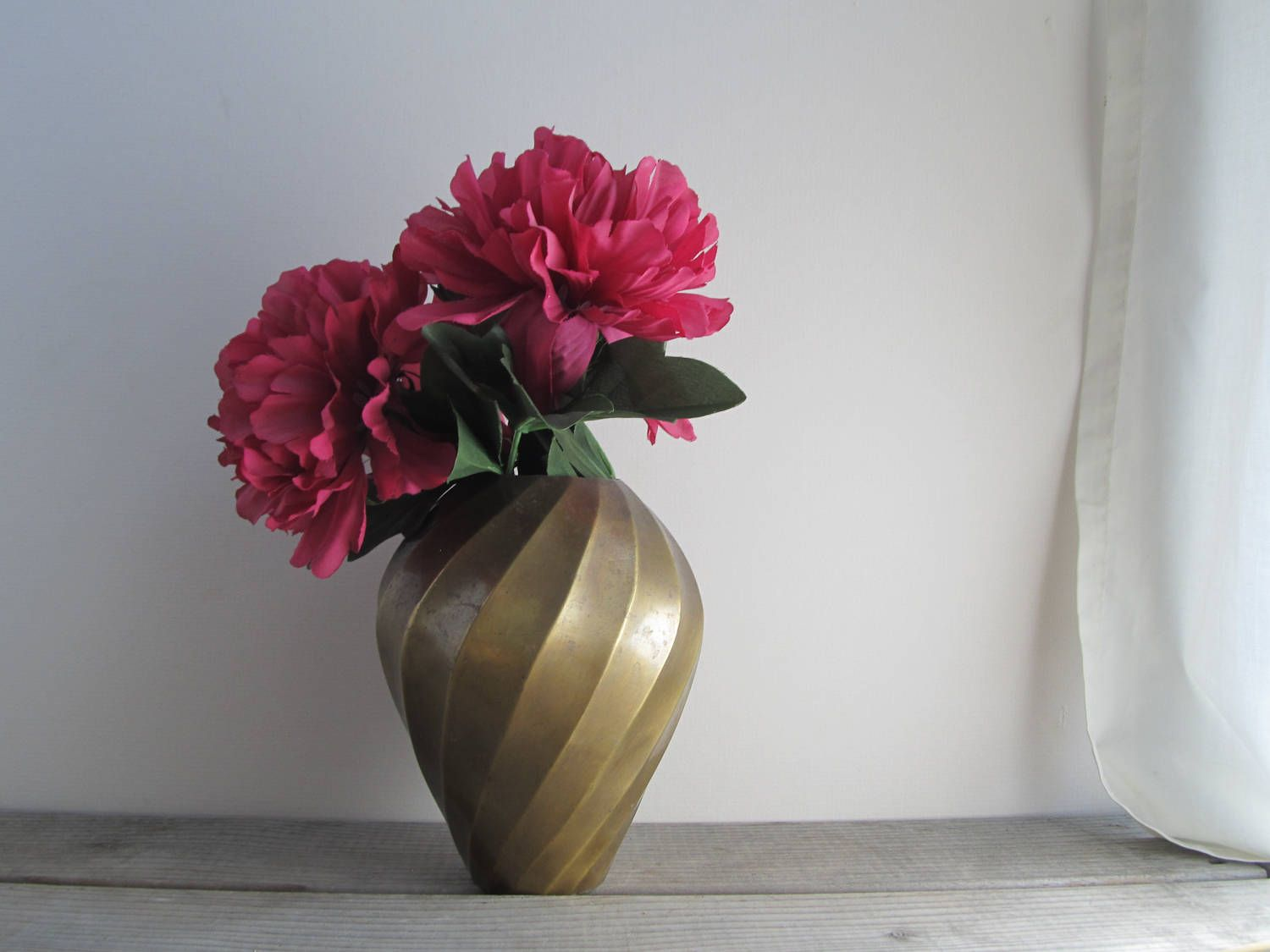 Solid brass vase with swirl pattern rustic brass planter vintage solid brass vase with swirl pattern rustic brass planter vintage patinated brass vase by reviewsmspy