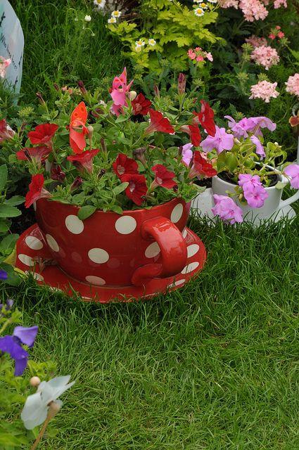 Teacups and flowers jardines Pinterest Jardinería, Jardín y - jardines con llantas