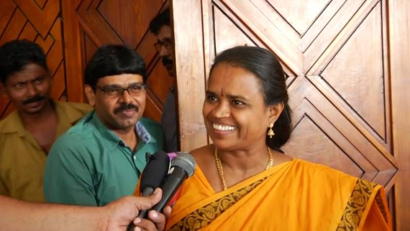 En Sangathu Aala Adichavan Evanda Movie Public Review