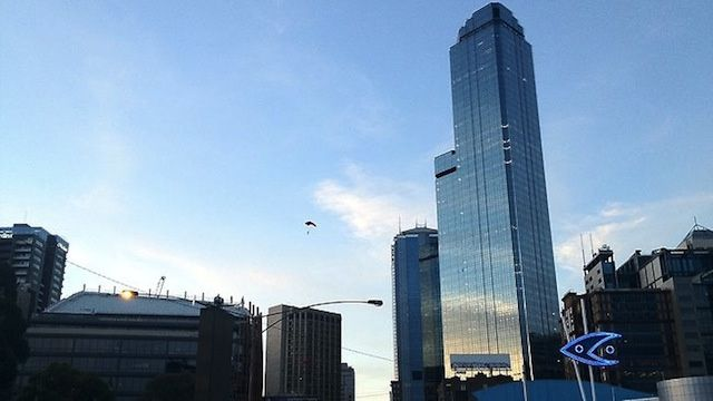 These Guys Skipped Out on a Bar Tab By Parachuting Off a 63-Storey Skyscraper