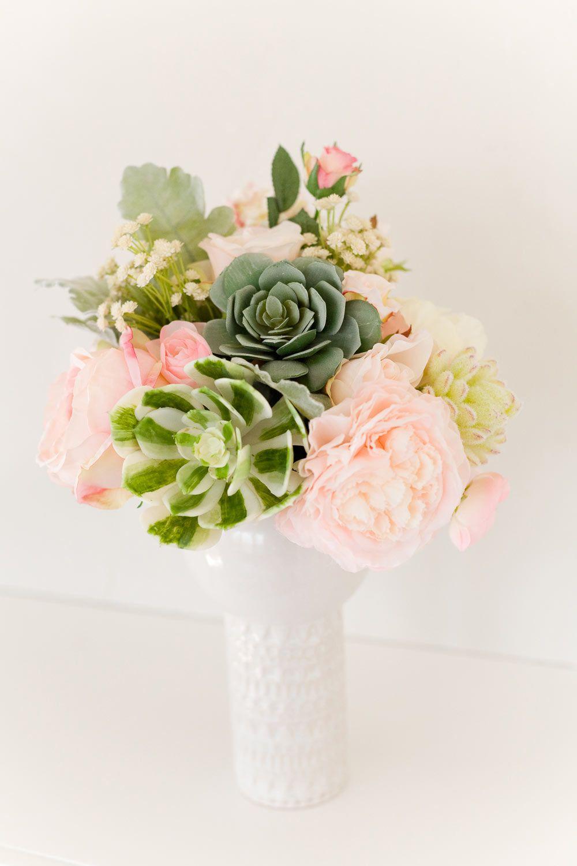 Make a smallbutmighty diy succulent wedding bouquet wedding