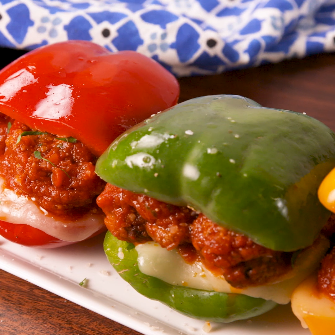 Low-Carb Bell Pepper Meatball Subs #stuffedbellpeppers