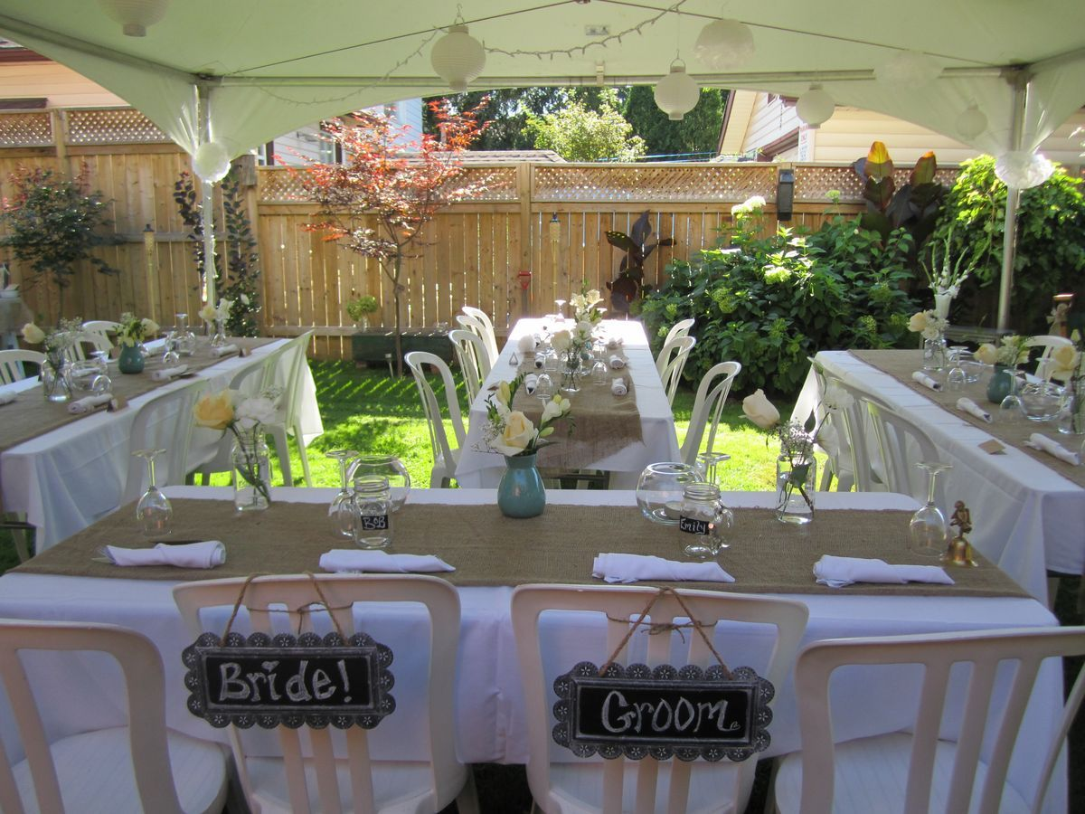 Small backyard wedding best photos backyard wedding and for Backyard engagement party decoration ideas