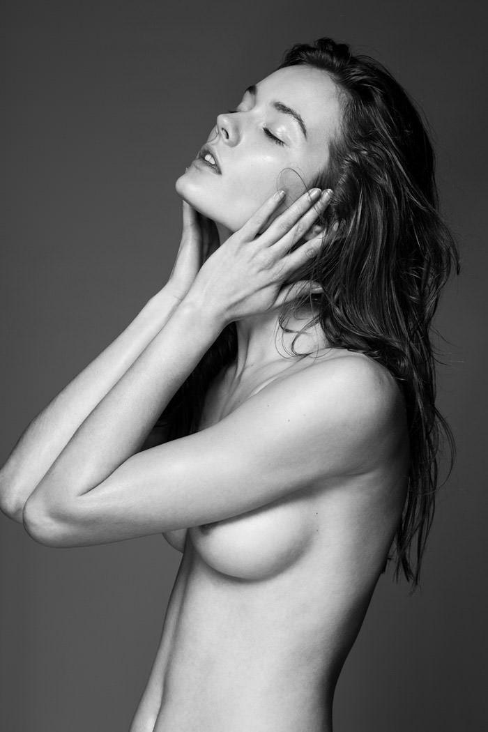 Dove cameron nud