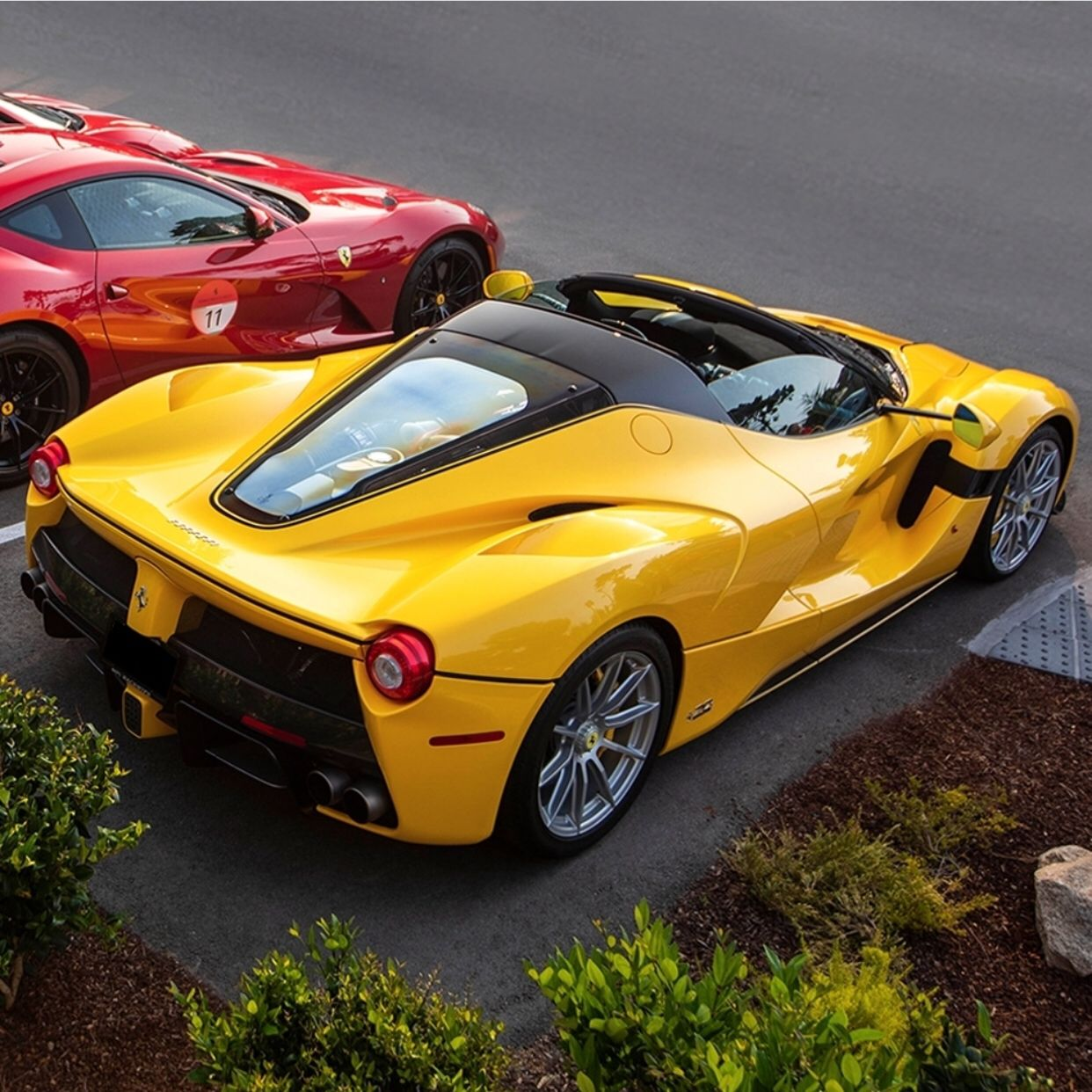 Red Yellow Super Cars La Ferrari Ferrari
