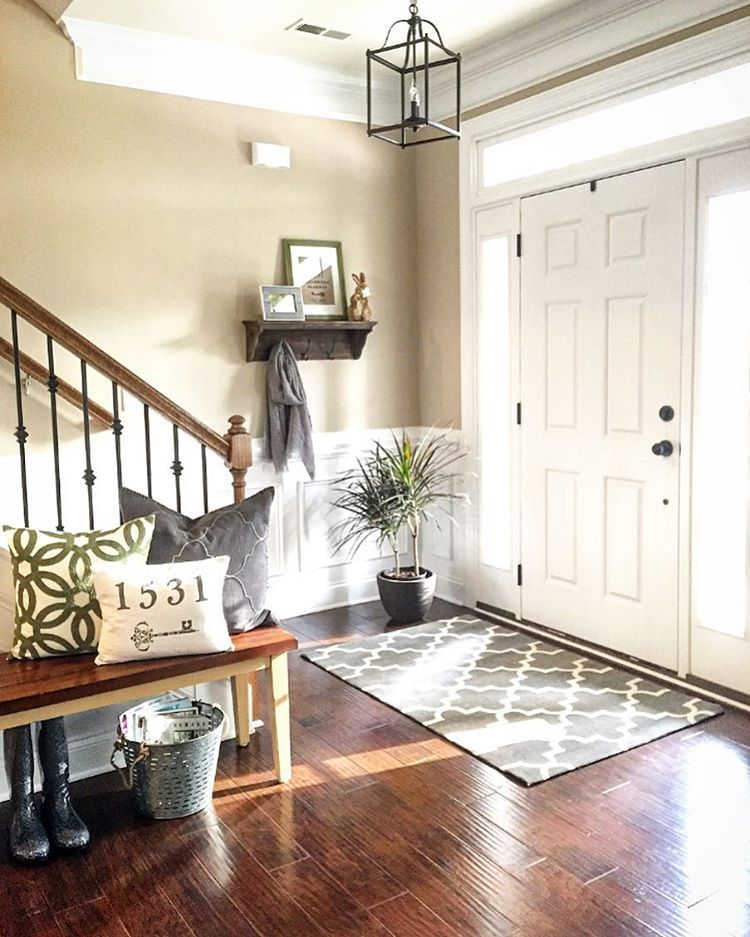 Home Entrance Decor: Pin By April Clemmer On Decorating