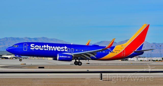 Southwest Airlines Boeing 737 8h4 N8652b Split