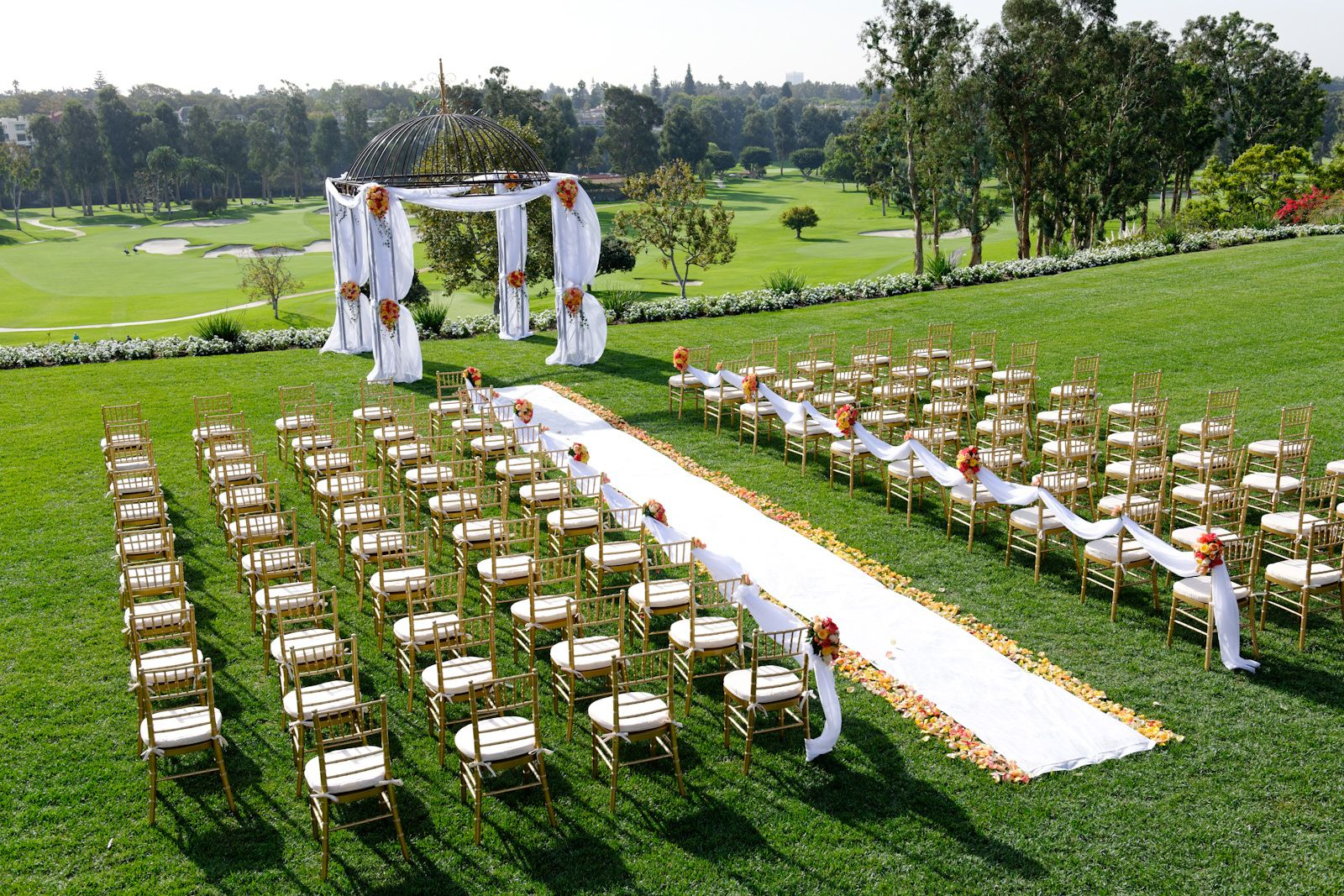 Gorgeous ceremony with golf course & ocean view on the ...