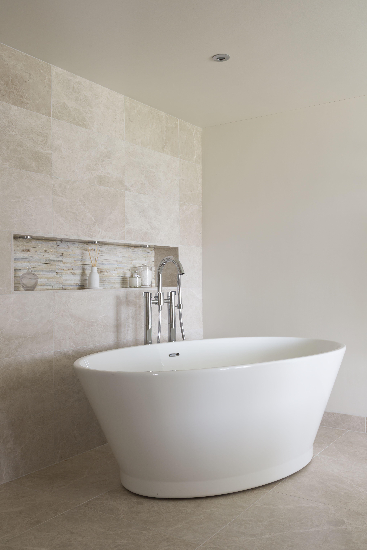 Designer Bathroom Featuring Our Chalice Minor Bathtub By Ripples