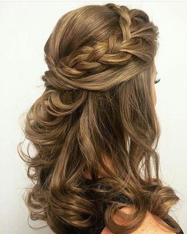 Braided Half Up Half Down Hairstyle Halfuphalfdown Hairstyles