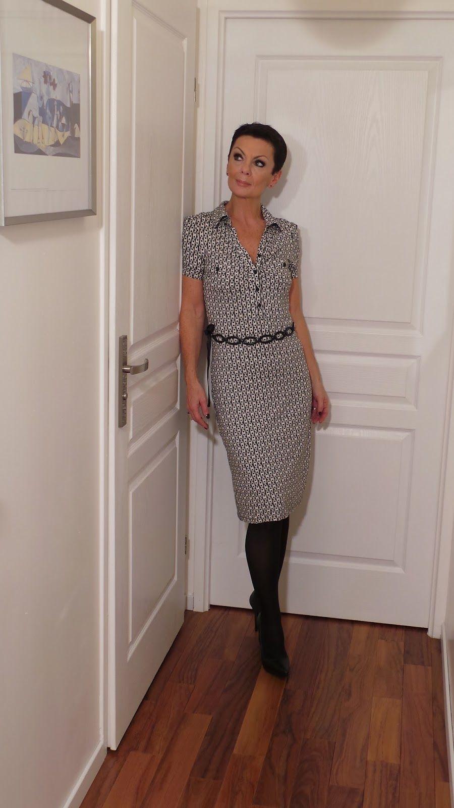 moduxe mode femme pour tre tendance 50 ans par moduxe 51 ans mode femme robe crayon. Black Bedroom Furniture Sets. Home Design Ideas