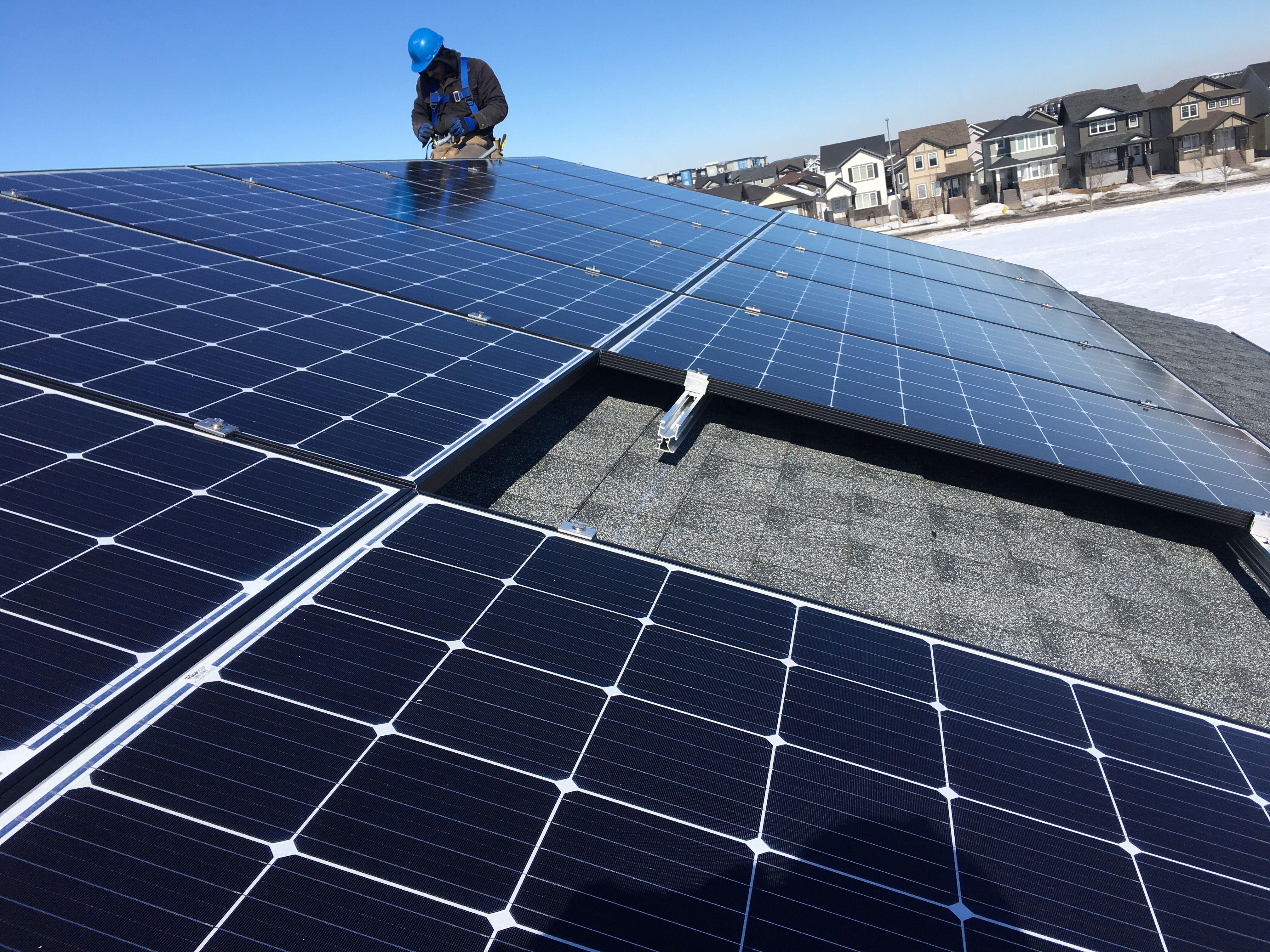 Solar Regina Regina Solar Install In Harbour Landing In 2020 Solar Sun Solar Solar Panels
