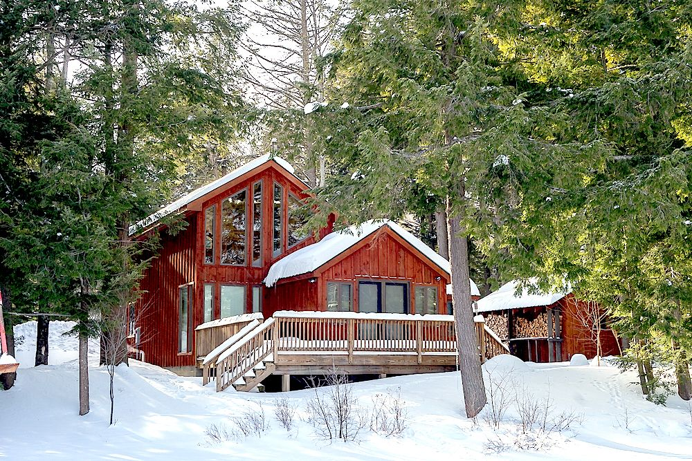 Gorgeous Cabin Rental for a Glamping Getaway in Upstate New
