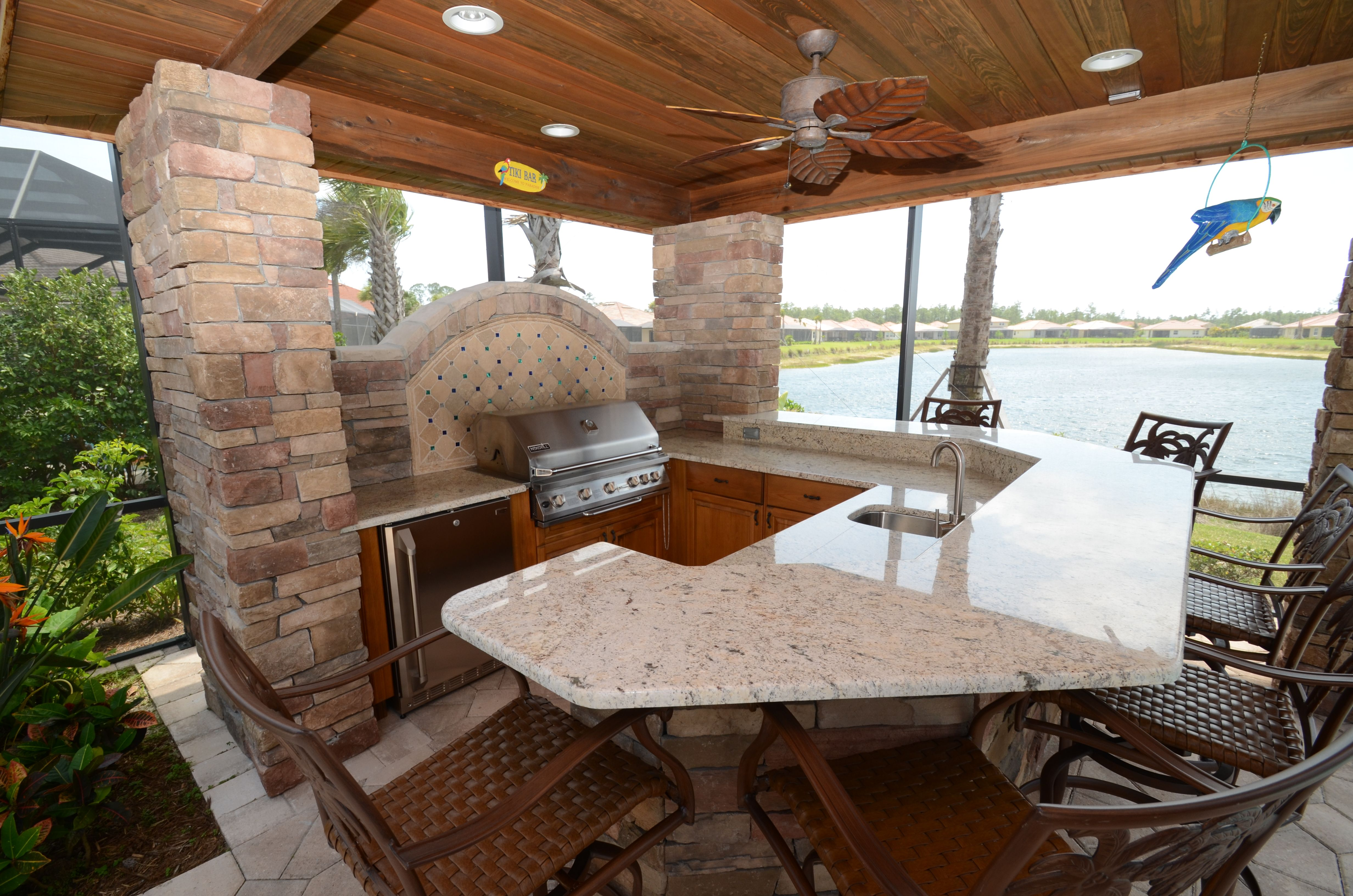 Outdoor Kitchen On The Water By Da Vinci Cabinetry In Naples Fl Kitchen And Bath Remodeling Cabinet Design Kitchen Design