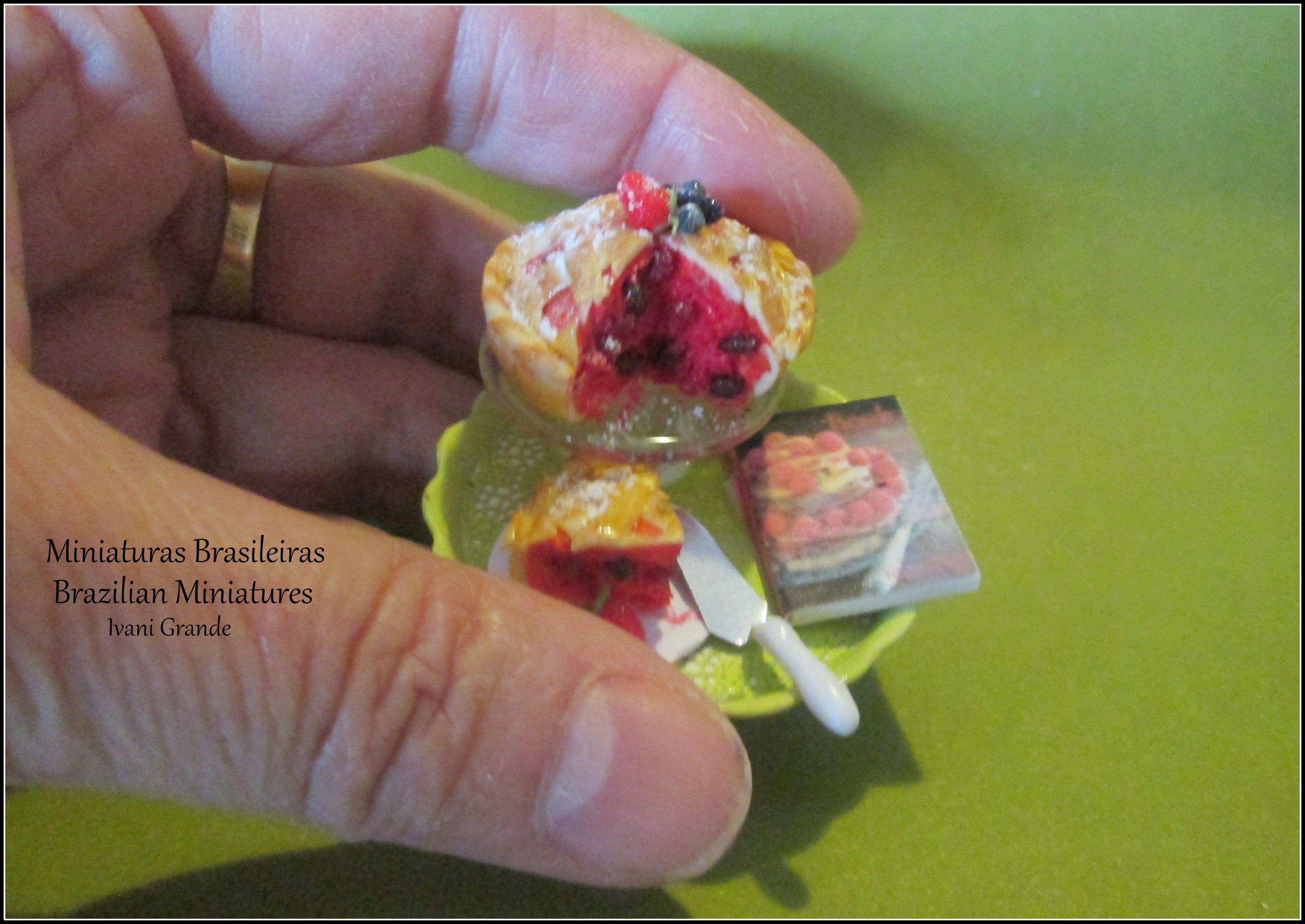 Cake, Pie miniatures Food miniatures  https://www.etsy.com/pt/shop/MiniaturaBrasileira