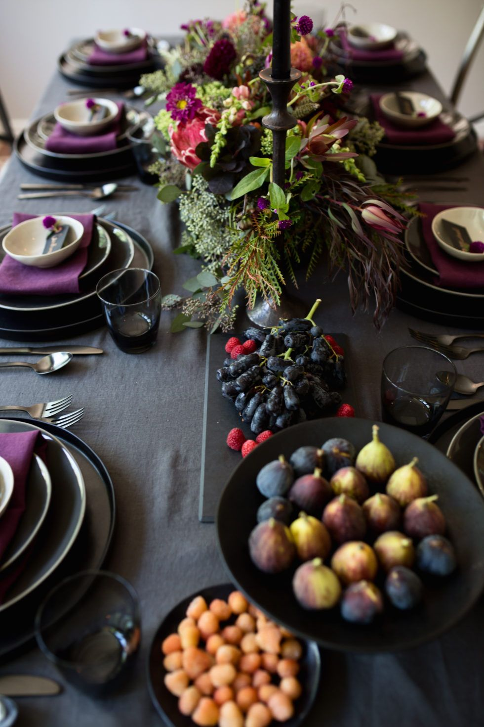 Inspiration For An Elegant Purple Jewel Toned Tablescape Dinner Party Table Settings Dinner Party Tablescapes Blue Thanksgiving Table