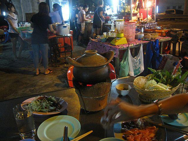 Top 16 Bangkok street food sanctuaries