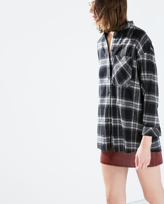 OVERSIZED CHECKED T-SHIRT