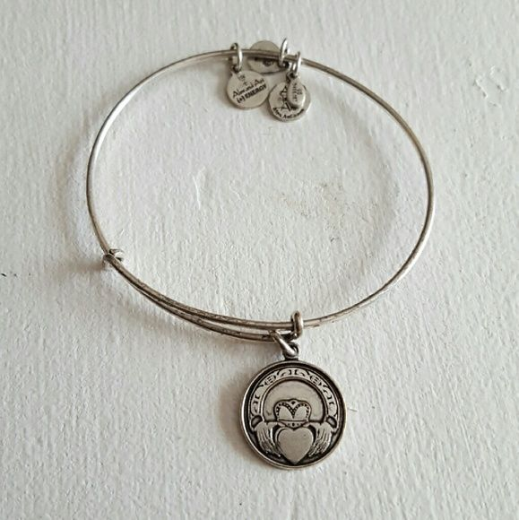 Alex And Ani Claddagh Bracelet Silver Finish Bought 2017 Not Really Worn Card Available Jewelry Bracelets
