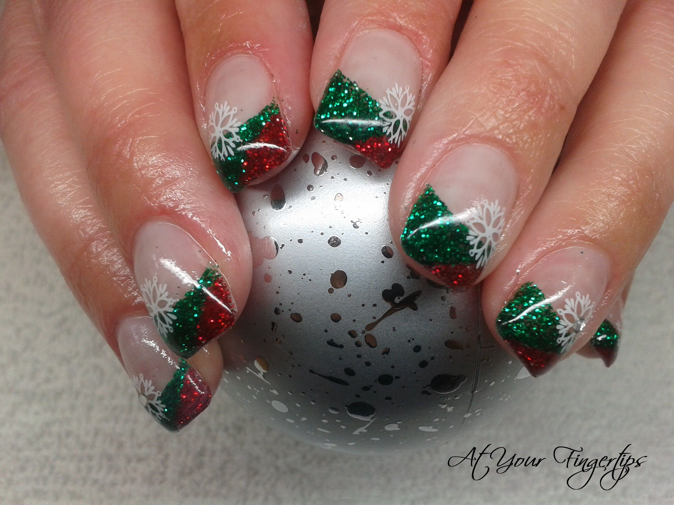 Christmas gel nails (With images) Christmas gel nails