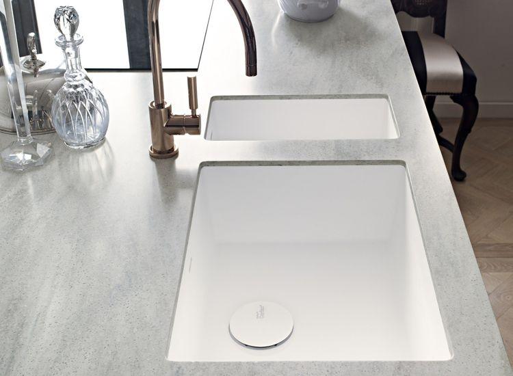 Arbeitsplatte Corian Küche Dupont Elegant Weiss Marmor Schick Edel  #wohnideenkuche #kitchen #DuPont #design #interior