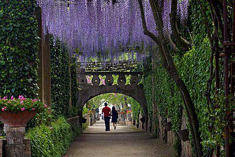 Los Jardines De La Villa Cimbrone En Ravello Costa De