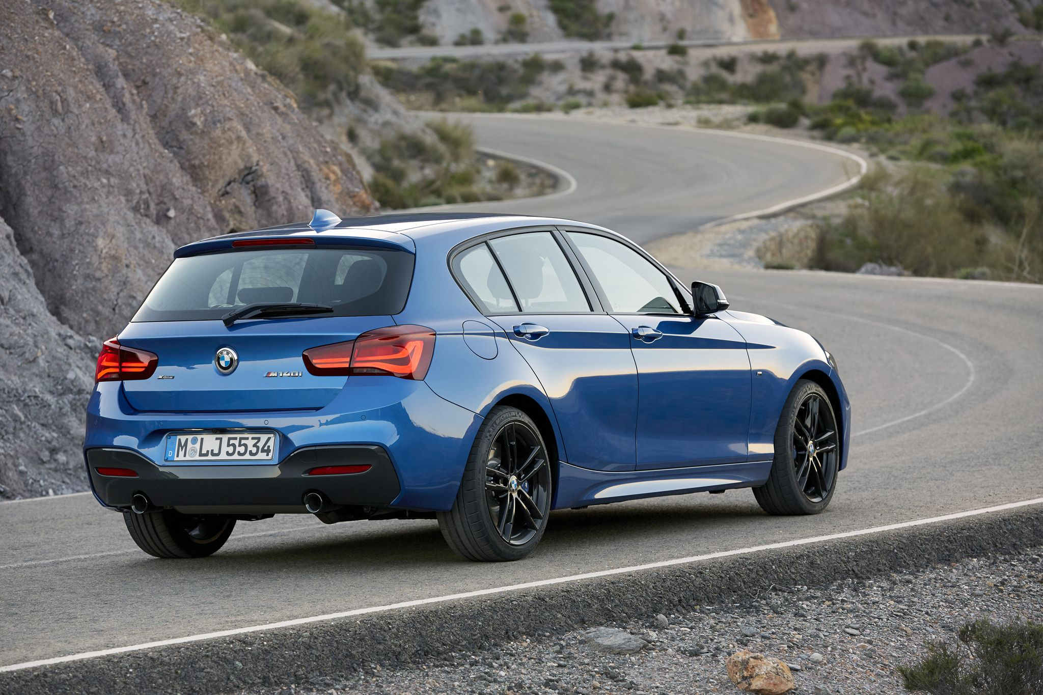 bmw f20 m140i hatchback facelift editionshadow sportline urbanline mpackage xdrive. Black Bedroom Furniture Sets. Home Design Ideas