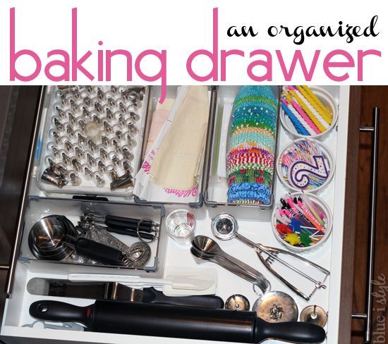 Create an organized baking drawer in 5 minutes! {blue i style} Using drawer organizers from @containerstore