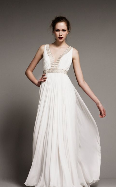 Wanna look like a Greek goddess? Choose a Grecian-styled wedding gown! Flowing, with airy silhouettes and from light fabrics, these dresses are gorgeous ...