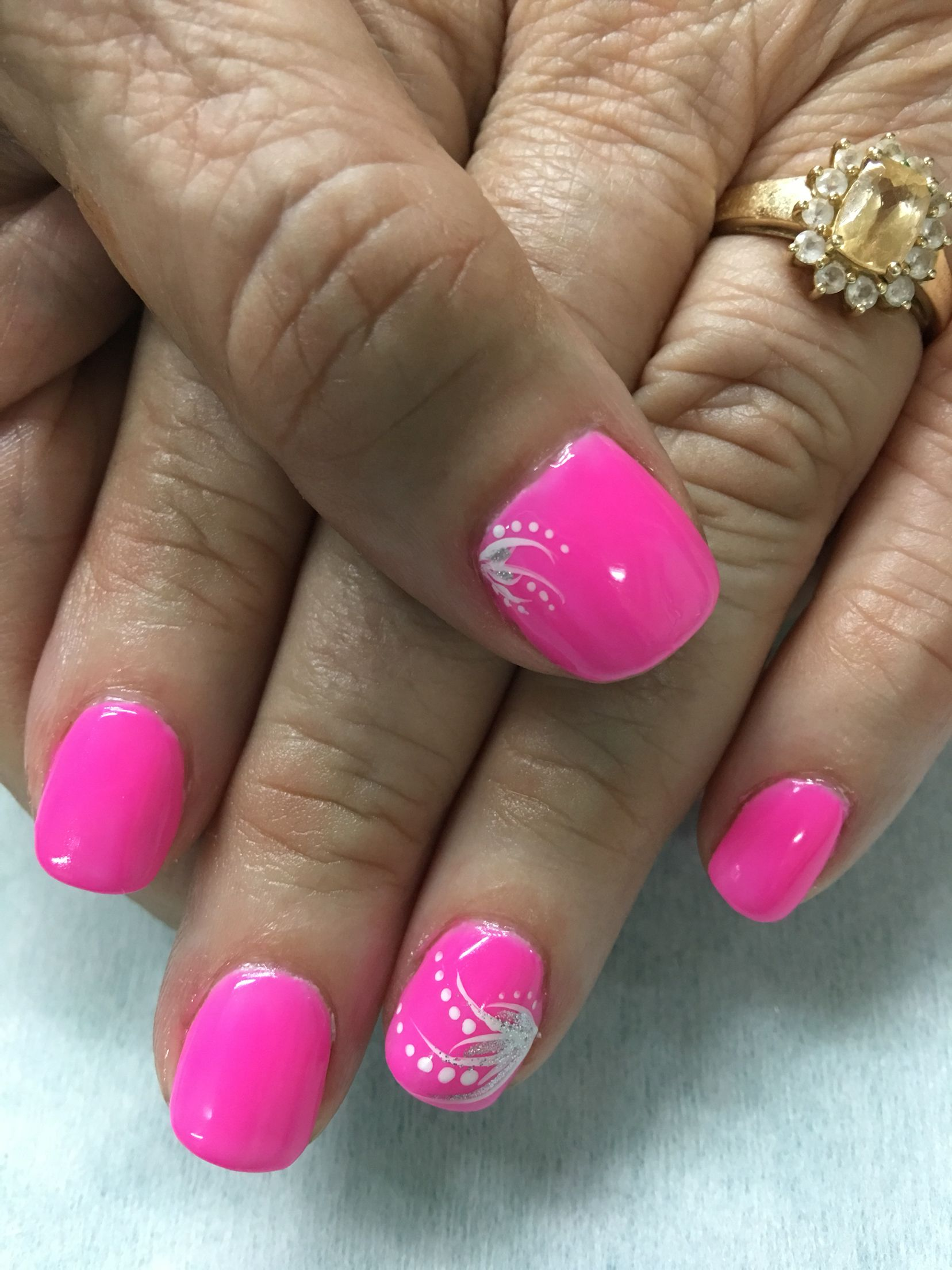 Bright neon Pink accented gel nails | Gel Nail designs | Pinterest