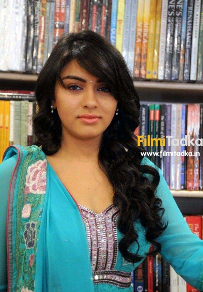 South Indian Actor Hansika Motwani Feathered Hairstyle Long Hair Styles Feathered Hairstyles Hairstyle