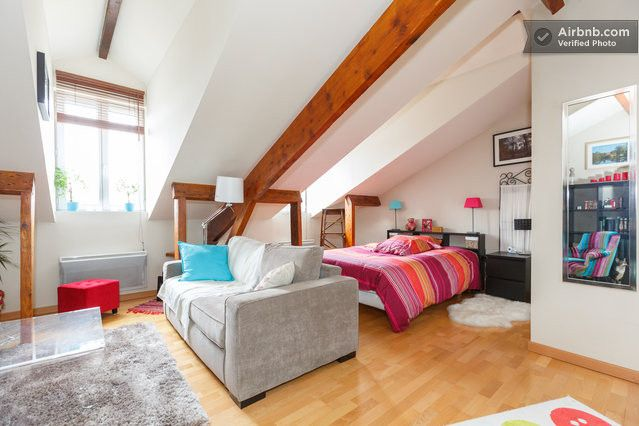 Air BnB Versailles apartment - 'Lovely Appartment under the roof in Boulogne-Billancourt'