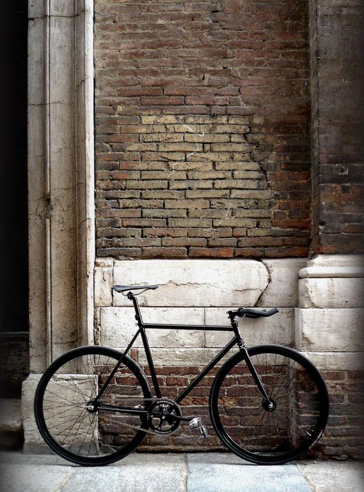 Black single speed/fixie bike - more on www.murraymitchell.com