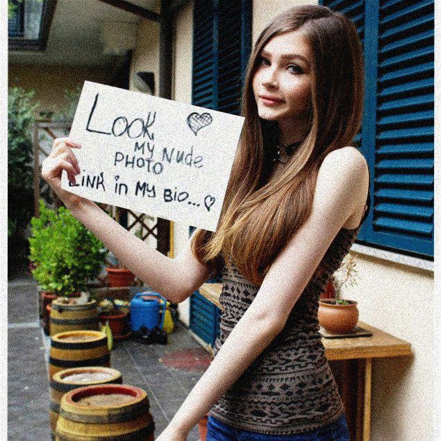 """, Donna Collins on Instagram: """"#beastmode #selenagomez #landscaper #irishgirl #ootdinspo #cartagenacolombia #daddydaughterdate #brownbelt #cool #tongue #festainfantilbh…"""", Hot Models Blog 2020, Hot Models Blog 2020"""