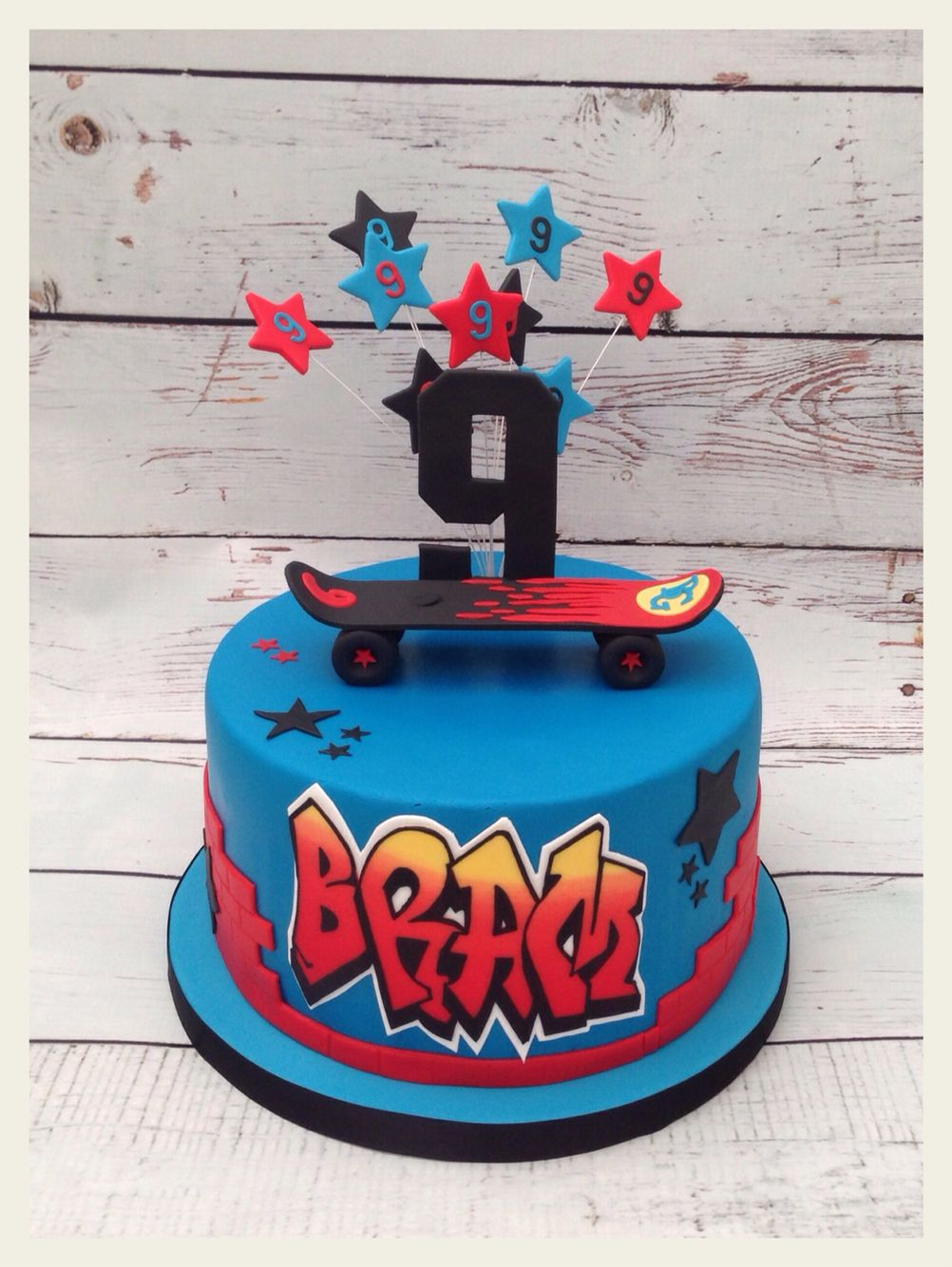 Skateboard Cake With Name In Graffiti Style Cakes By