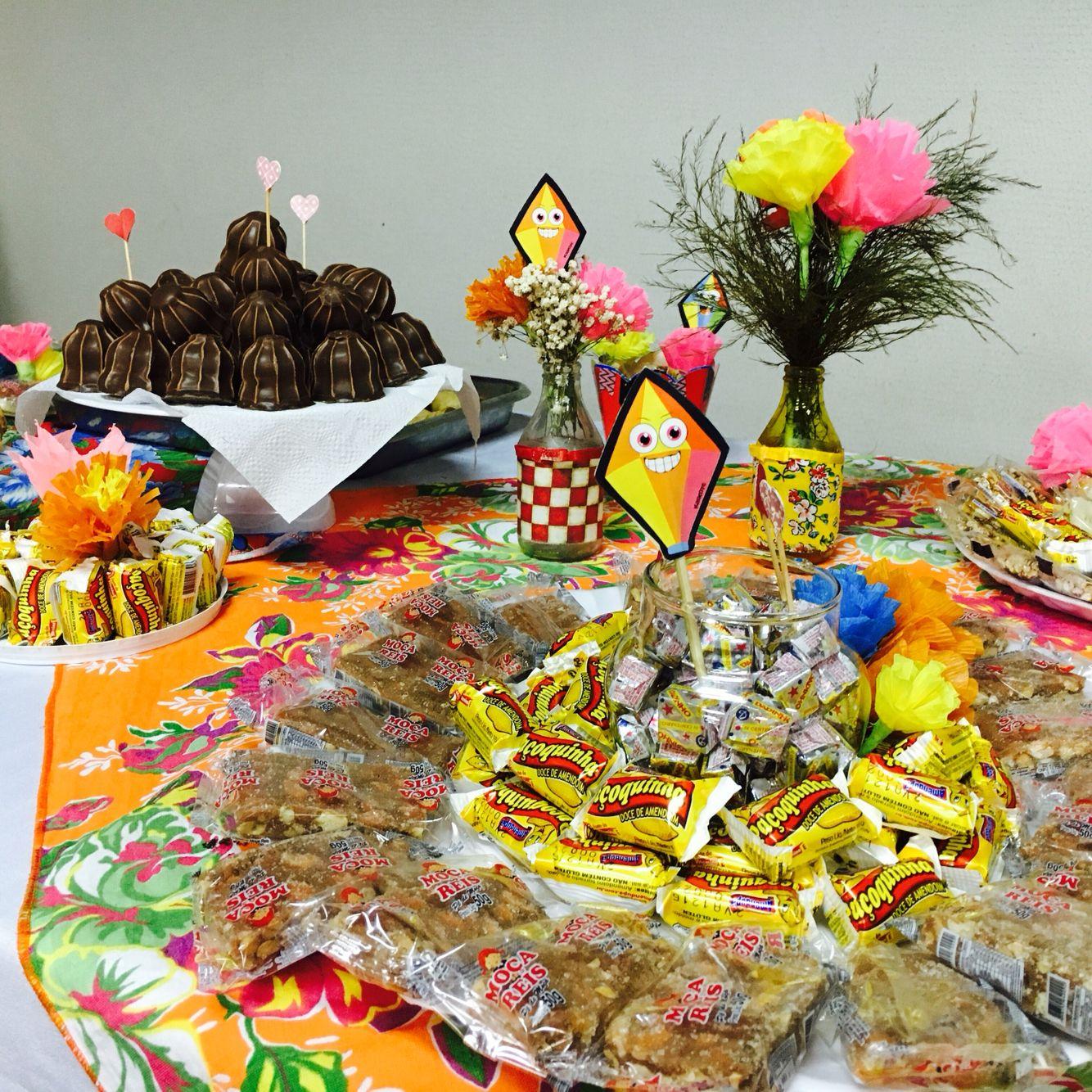 Mesa de doces, festa junina, Arraiá