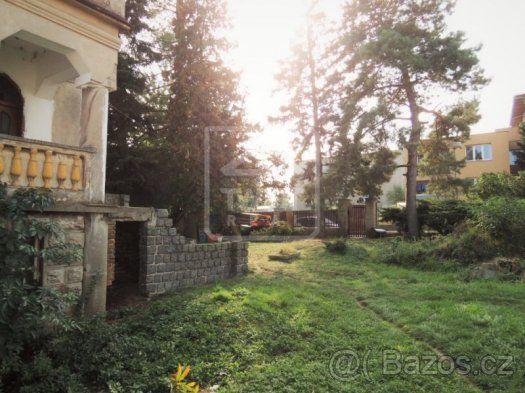 Prodej rodinného domu 5+1, zahrada, garáž - 1