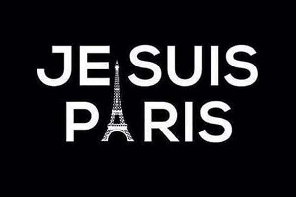 Je Suis Paris. Attentato a Parigi: da Oriana Fallaci a Libero ai Social