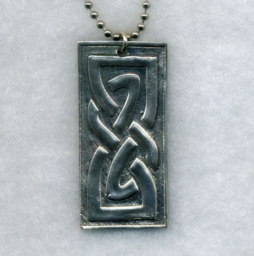 Celtic Knot Jewelry - found on www.danizdesignz.com